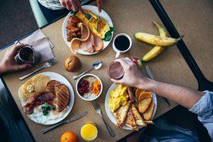Ruokahävikki kuormittaa ympäristöä ja vahingoittaa vesistöjämme